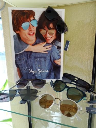 DSC02513 99999x500 - Brillenfassungen