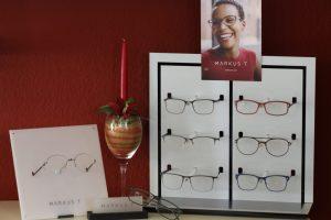 IMG 2278 300x200 - Brillenfassungen